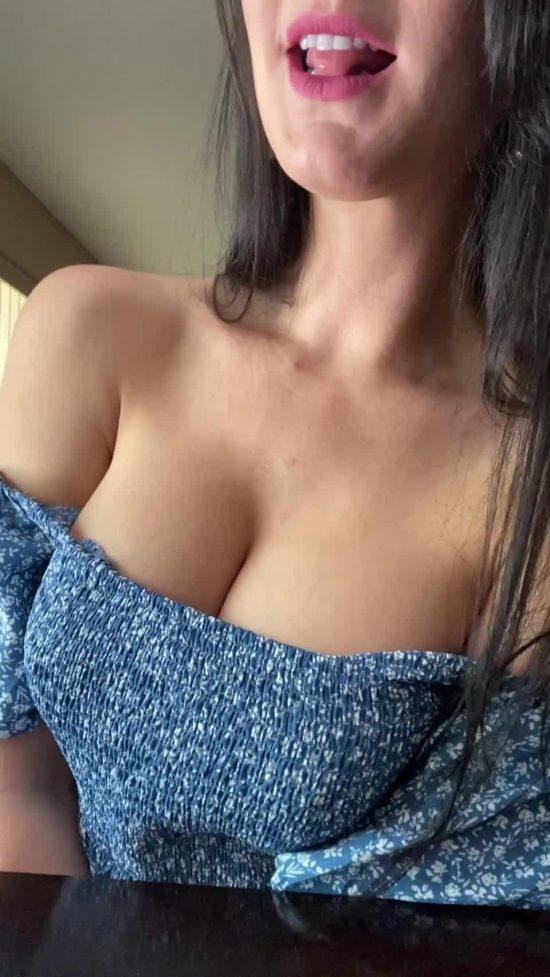 fitcougarmom exquisite nipples for sucking