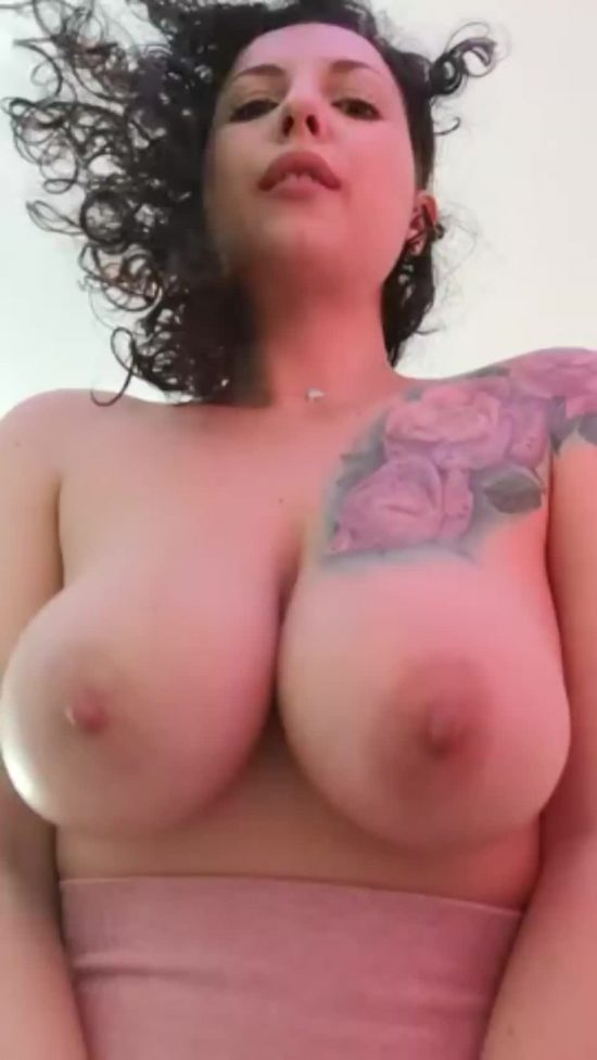 misschillabit amazing nipples