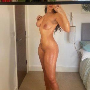 looks fantastic nude body