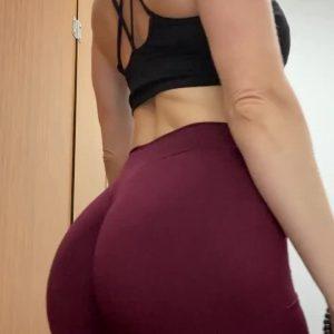 sweaty gym milfs